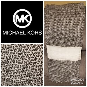Michael Kors scarf/shawl